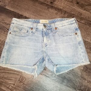 Big Star Raw Hem Jean Shorts Size 30